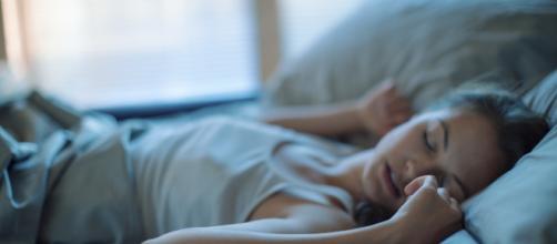 Dormir más de ocho horas es riesgoso para la salud