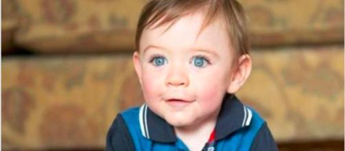 Freddie Campbell: il bimbo è nato prematuro e con gravi problemi fisici, ma ha compiuto un anno