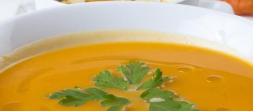 Fresh Food Carrot Soup (Image via via MaxPixel)