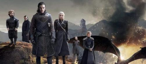 En un adelanto de la última temporada de Juego de Tronos, John Snow abraza a Sansa