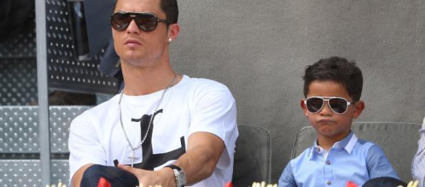 Cristiano Ronaldo Jr., de apenas 8 años de edad, comenzó entrenamientos con el equipo infantil de fútbol en Italia.