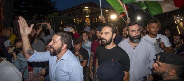 Tensione a Rocca di Papa per l'arrivo dei migranti