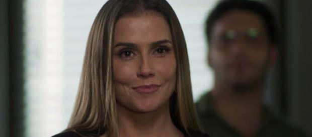 Karola, personagem de 'Segundo Sol'
