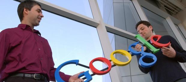 Los informáticos Larry Page y Serguéi Brin, fundadores del gigante tecnológico, salen a la defensa de Google. - fortune.com