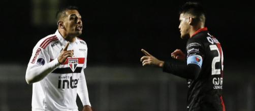 Diego Souza se desentendeu com Ortiz durante o espetáculo. Foto: Marco Galvão / Estadão Conteúdo