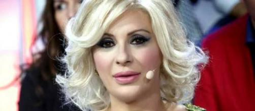 Gossip U&D: Tina Cipollari potrebbe dire addio al ruolo di opinionista per amore.