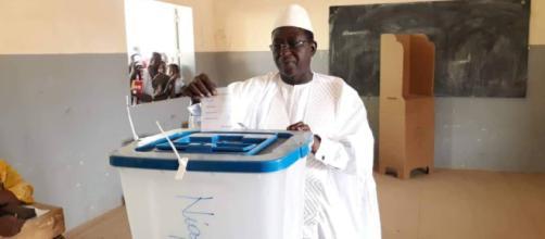Numerosos incidentes enturbian las elecciones en Malí