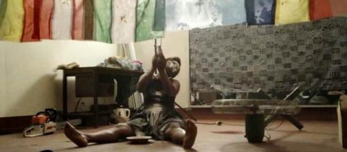 Perfomance Genie Go de Ruth Belinga Afana aux RAVY 2018 (c) Odile Pahai