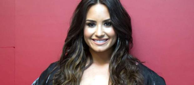 Demi Lovato tiene recaída en sustancias adictivas y pide perdón ... - telemundo.com