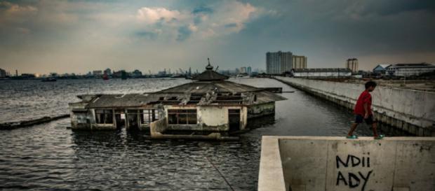 La gran ciudad de Yakarta se encuentra en una crisis, la ciudad se esta hundiendo.