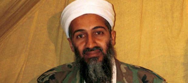 """La mamma di Osama Bin Laden: """"mio figlio era un bravo bambino"""""""