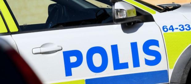 La polizia svedese ha ucciso un 20enne affetto da sindome di Down: impugnava una pistola giocattolo scambiata per un'arma vera.