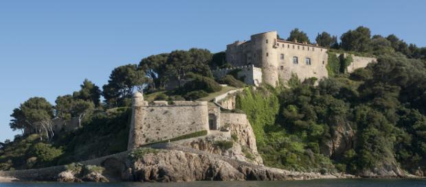 Le fort de Brégançon redevient la résidence de vacances du Président - rtl.fr