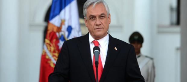 CHILE/ Piñera promulga ley que prohíbe el uso de bolsas plásticas en los comercios