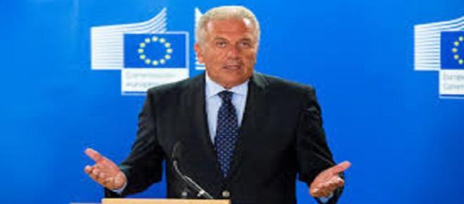 Bruselas aprueba tres millones de ayuda extra a España para contener la inmigración