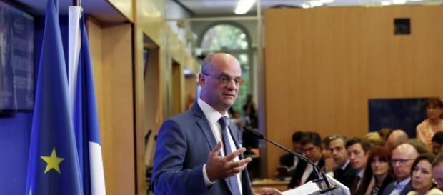 Blanquer aborde la rentrée l'esprit serein | Le Figaro | NewsstandHub - newsstandhub.com