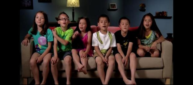 Court records indicate Jon Gosselin is not mistaken that daughter Hannah lives with him. [Image Source: TLC - YouTube]
