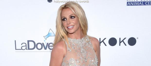 La reacción de Britney Spears a una fan española cuando se iban a tomar una foto. BigData News