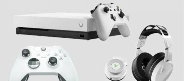 Photo of the white Xbox One X [image credit: II MBG II / YouTube screencap]