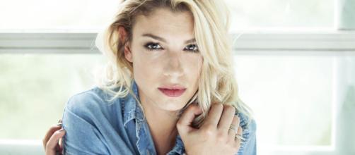 Emma Marrone, polemica lesbica