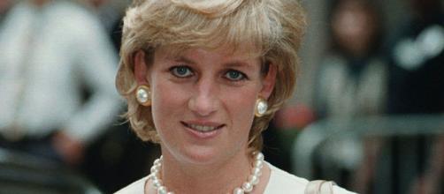Lady Diana avrebbe una figlia segreta che ora aspira al trono