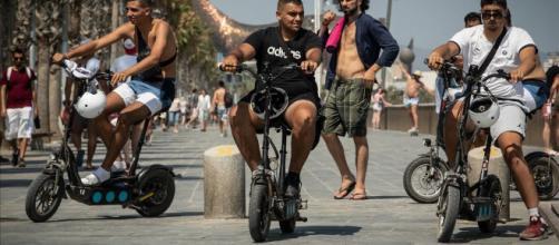 La comunidad de Barceloneta pide que se tomen medidas contra el desenfreno de turistas