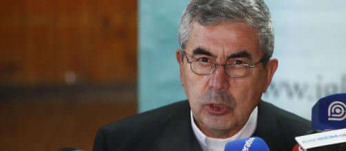 Presidente de la Conferencia Episcopal valoró decisión de Ezzati ... - lanacion.cl