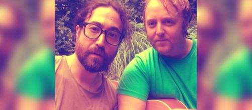 Sean Lennon and James McCartney post viral selfie. [Image Source: Sean Lennon - Instagram]