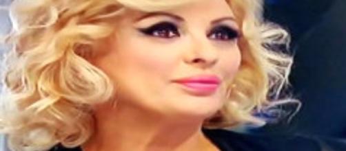UOMINI E DONNE: Tina Cipollari tornerà a settembre come opinionista