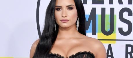 Demi Lovato 'Stable' After Apparent Overdose: Source | PEOPLE.com - people.com