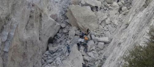 Cinco muertos tras derrumbe de mina en México