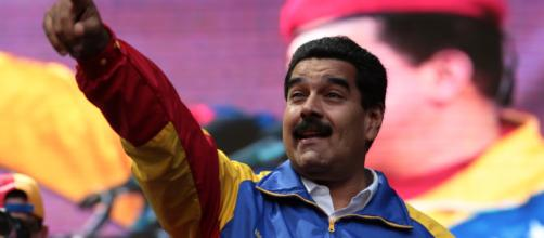 VENEZUELA/ Aparente explosión en acto donde estaba el presidente Nicolás Maduro