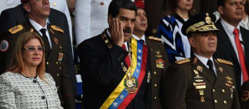 Nicolás Maduro afirma que Juan Manuel Santos ha intentado matarle.