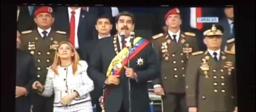 Nicolás Maduro sale ileso de presunto atentado y culpa a Santos de estar involucrado