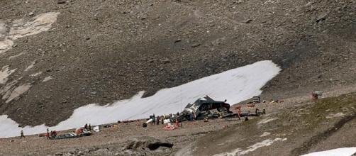 Se estrella avión militar de la segunda guerra mundial en Suiza y mueren 20 personas