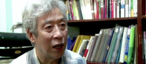 Sun Wenguang, un octogénaire chinois, s'est fait arrêter lors d'un direct avec la chaîne télévisée Voice of America.