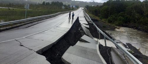 Suspenden alerta de Tsunami en Indonesia