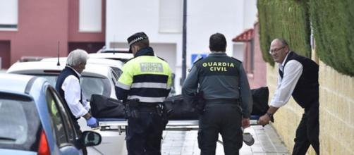 Un joyero en Carmona fue encontrado muerto y amordazado dentro de su tienda