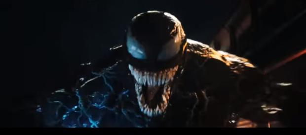 A new theory hints that Riot will create the Carnage symbiote in the movie [Image Credit: Sony Pictures Entertainment/YouTube screencap]