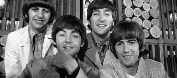 Os Beatles numa coletiva em 1966