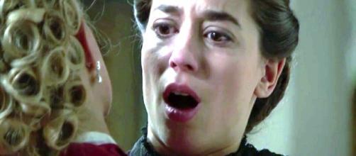 Anticipazioni Una Vita: Cayetana pugnala alle spalle la maestra Teresa