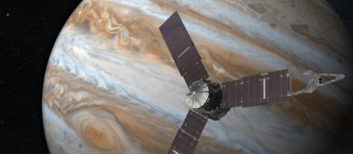 Descubren 12 nuevas lunas gravitando en torno a Júpiter