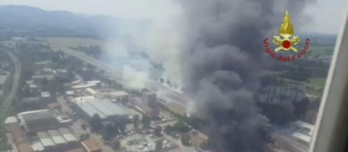 L'explosion d'un camion fait deux morts à Bologne