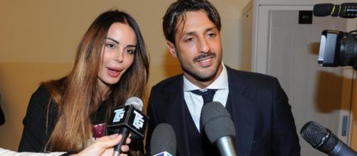 Nina Moric e Fabrizio Corona in vacanza in Puglia.