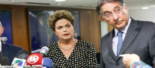 PT impulsiona dobradinha de pré-candidatos Dilma Rousseff e Fernando Pimentel no estado mineiro.