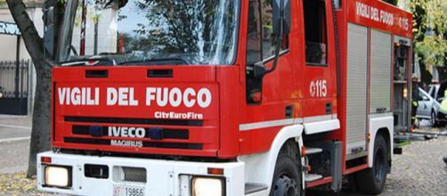 Foto della camionetta dei vigili del fuoco