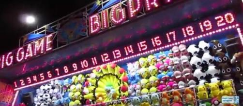 State fairs in the US offer unique foods. [Image Source: Theme Park Express - YouTube]