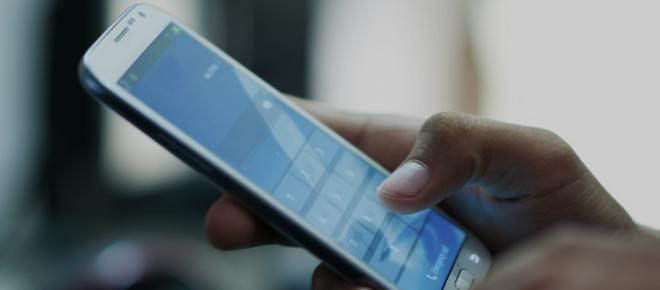 Offerte Vodafone e Iliad attive ad agosto: le due compagnie telefoniche si sfidano