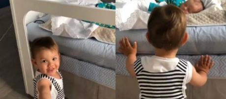 Andressa Suita flagra Gabriel tomando conta do irmão mais novo (Foto:Reprodução Instagram)