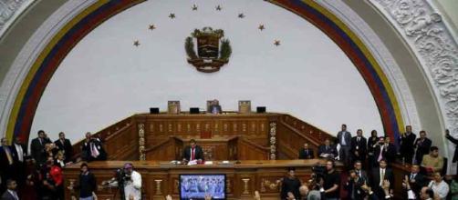 La asamblea Chavista persigue a diputados opositores